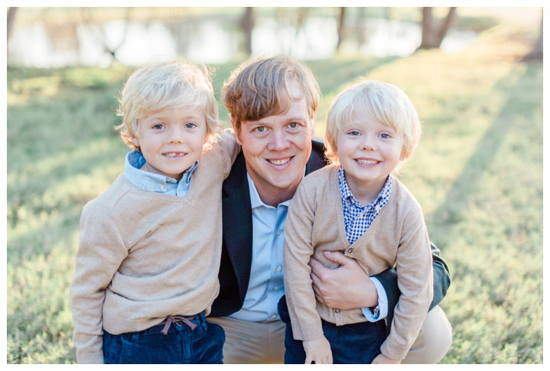 classic family session photography by sugar land photographer sharon nicole photography